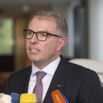 Germanwings Disaster: I'm 'Stunned' That Co-pilot Deliberately Crashed Plane – Lufthansa CEO Carsten Spohr